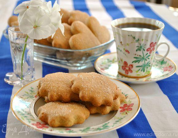 Печенье бананово-медовое. Ингредиенты: мука, мед, сода