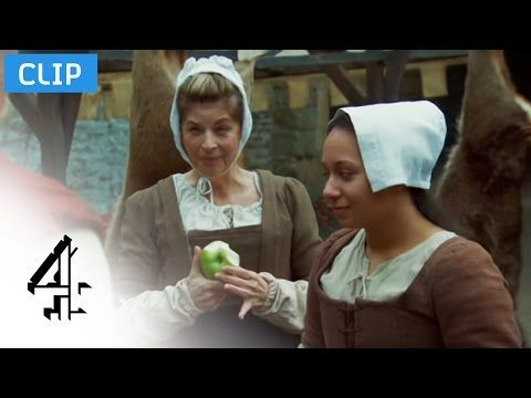 Elizabethan Feast | Time Crashers S1-Ep1 | Channel 4 - YouTube