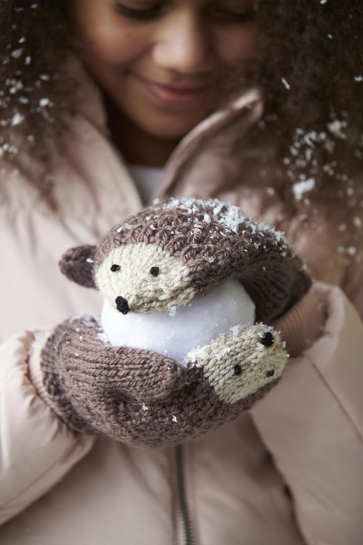 Keep paws warm this Christmas with Fiona Goble's hedgehog mittens! This pattern can be found in her latest book Knitted Animal Scarves, Mitts and Socks