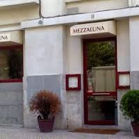 """Résultat de recherche d'images pour """"restaurante-mezza-luna-lisboa"""""""