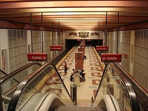 Buenos Aires Subte Linea B Estacion Los Incas.jpg