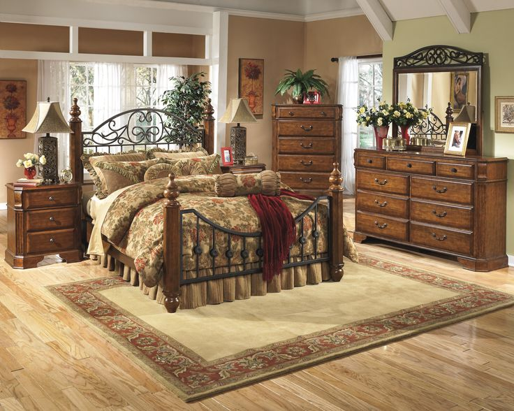 Wyatt Bedroom Collection