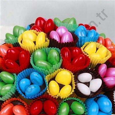 Renkli Çikolata Şeker Sepeti