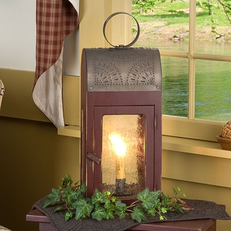 Lakeview Lantern from Irvin's Country Tinware