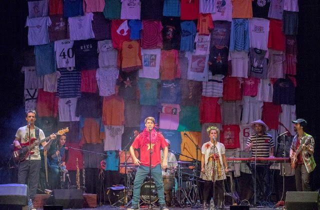 Capitán Sanata brindará la última función del año en la Sala Siranush   Capitán Sanata la banda liderada por Pablo Miguel Herrero (Los Cazurros) presentará la última función del año de Paseando Calefones el sábado 12 de noviembre a las 15.30 hs en Sala Siranush ubicada en la calle Armenia 1353 Capital Federal. Las canciones de Capitán Sanata son historias que con humor ironía y de manera divertida tratan temas que identifican y conectan a toda la familia. Como en un abanico musical Capitán…