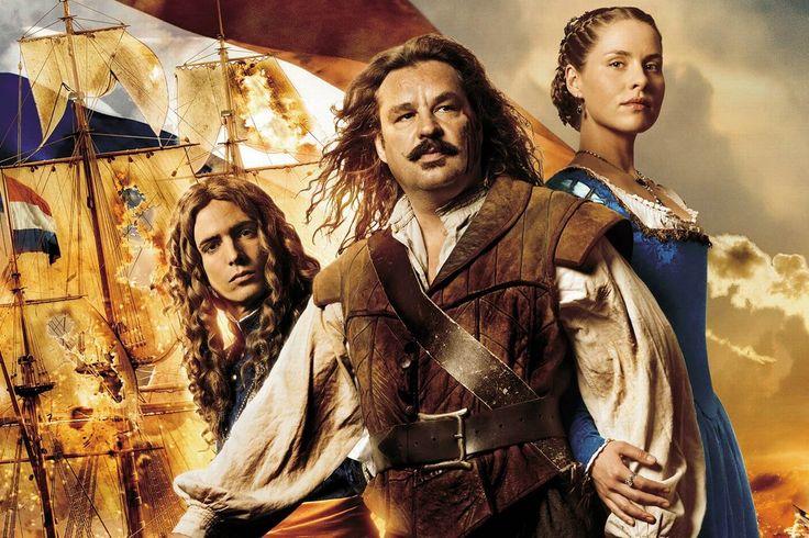 In 1618 mocht Michiel als bootsjongen op een bewapend schip meevaren naar Zuid-Amerika. In 1621 mocht Michiel voor even meewerken in het Staatse leger van Prins Maurits. Als busschieter vocht hij onder andere bij de verdediging van Bergen op Zoom tegen de Spanjaarden. Michiel werkte vanaf 1622 onder andere als matroos op een oorlogsschip. Bij alle reizen die hij maakte kreeg hij meer ervaring. Hij klom op tot stuurman.