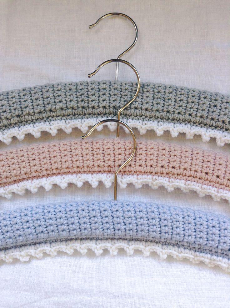 Picot-edged hangers, Flowerhouse