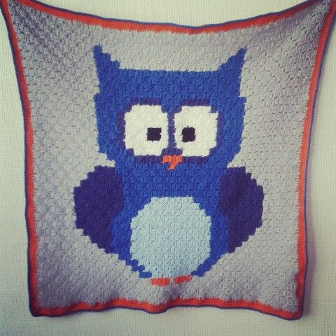 https://www.facebook.com/Hippie-Stuff-491548087549441/ see free pattern http://www.repeatcrafterme.com/2015/11/crochet-owl-c2c-baby-blanket-with-lion-brand-yarn.html