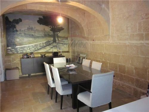 House Of Character For Sale In Gharghur