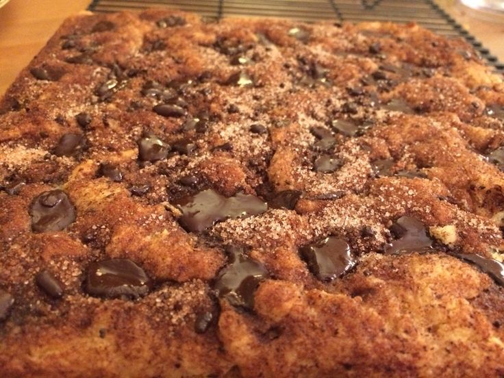 muscle-and-h8: chocolate chip sour cream coffee cake (low ...