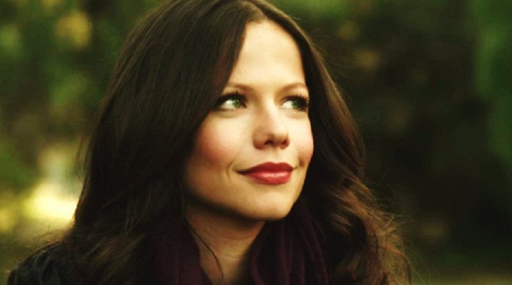 'The Young And The Restless' alum Tammin Sursok is returning to the popular Freeform drama 'Pretty Little Liars.' Spoilers for Season 7 of 'PLL' have confirmed that Jenna Marshall is headed back to Rosewood. Tammin played the part of the mysterious character, who we s