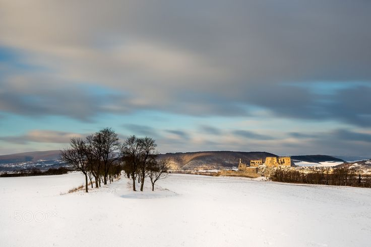 """Winter sunrise at Beckov castle - my first winter sunrise at this meadow before Beckov Castle in Slovakia...  Follow me on <a href=""""https://www.facebook.com/lubosbalazovic.sk"""">FACEBOOK</a> or <a href=""""https://www.instagram.com/balazovic.lubos"""">INSTAGRAM</a>"""