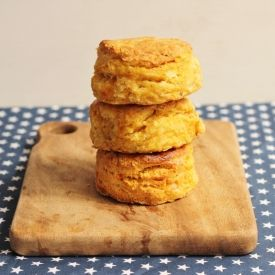These sweet potato, cream cheese and rosemary biscuits are tender, aromatic and perfect for fall.