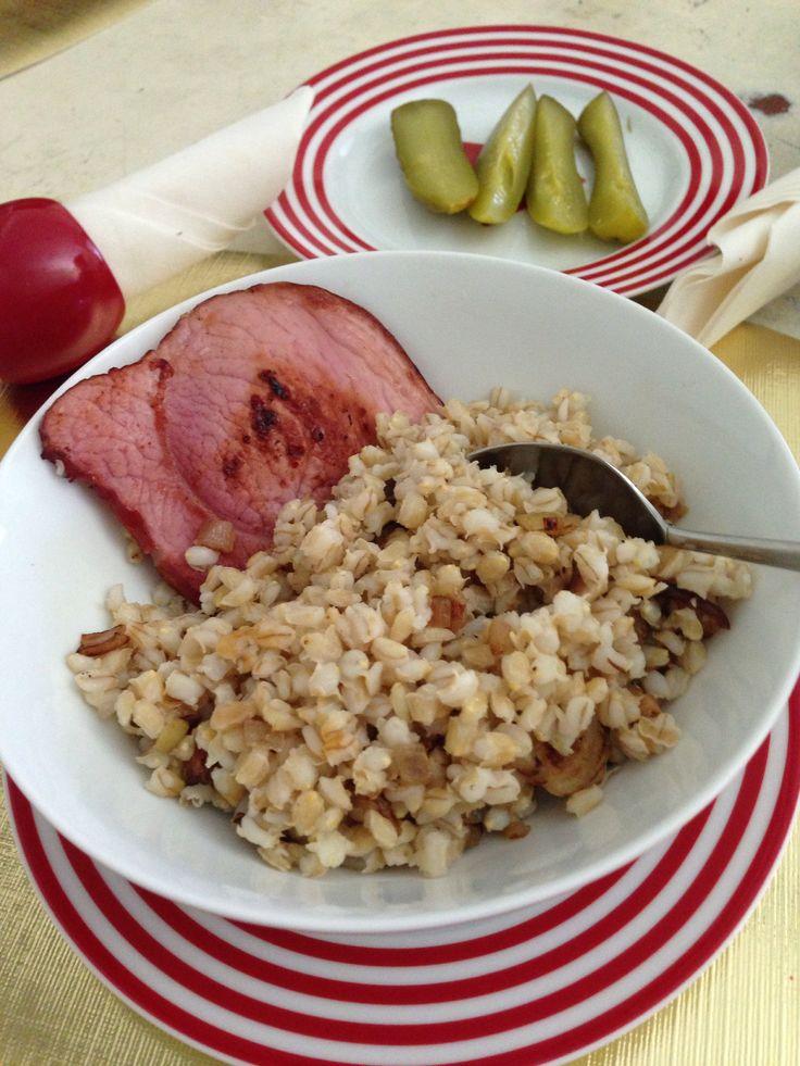 Kuba. Traditional Czech Christmas dish. Barley, garlic, shiitaki mushrooms, fried onion & ham.