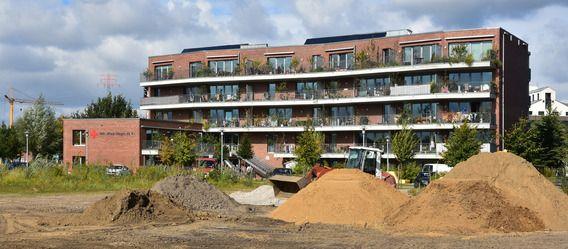 Neubau-Immobilien: Hamburg steuert auf Rekord bei Baugenehmigungen zu. Bild: IZ/Friedhelm Feldhaus http://www.immobilien-zeitung.de/1000048720/hamburg-steuert-auf-rekord-bei-baugenehmigungen-zu
