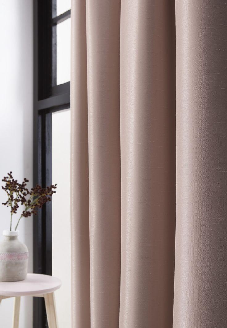25 beste idee n over slaapkamer gordijnen op pinterest for Verduisterende witte gordijnen
