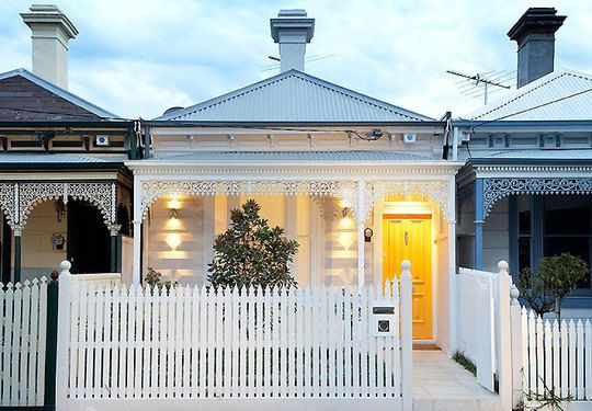A lovely example of a quaint Australian Victorian terrace house.  #australianhomes #yellow #sydneybuilder