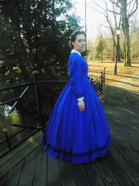 1864 blue dress