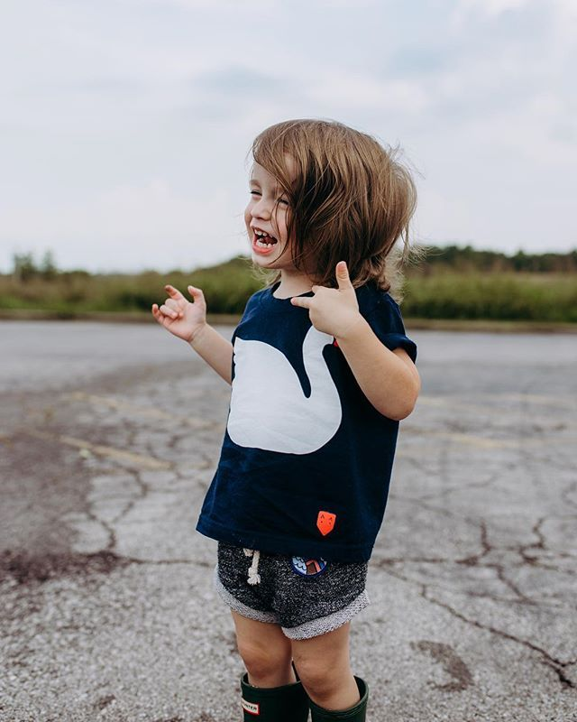 We are so in love with this beautiful picture of Auggie  He totally rocks our swan tee!