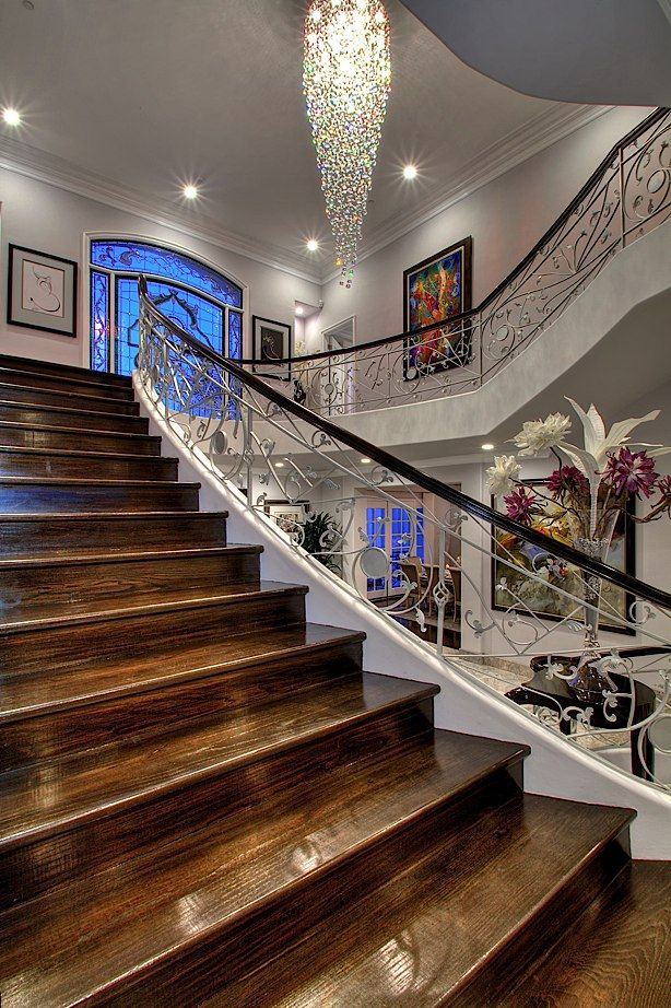Luxury Mansion Staircase In Beverly Hills Staircase