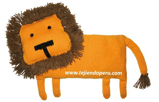 León decorativo para tejer en dos agujas o palitos (almohadón)