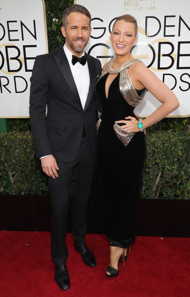 All the Glamorous Looks from the 2017 Golden Globes Red Carpet - 2017 Golden Globes Ryan Reynolds and Blake Lively - Slide  from InStyle.com