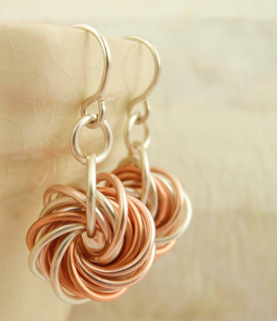 Eternity Silver Earrings - The Stylish Side of Chainmaille - Your Pick of Accent Color....perfect matches for bridesmaids and prom dresses $25.00, via Etsy.