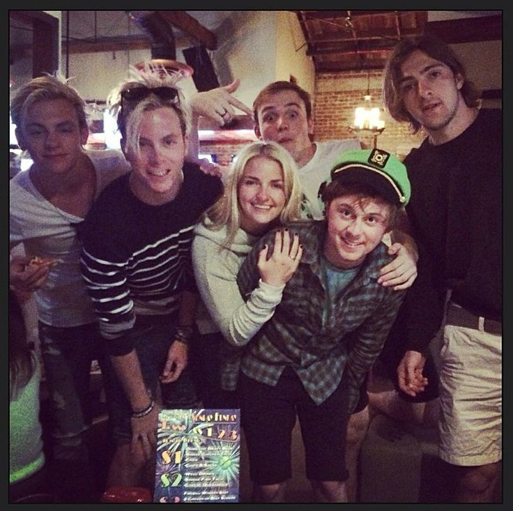 who is riker from r5 dating