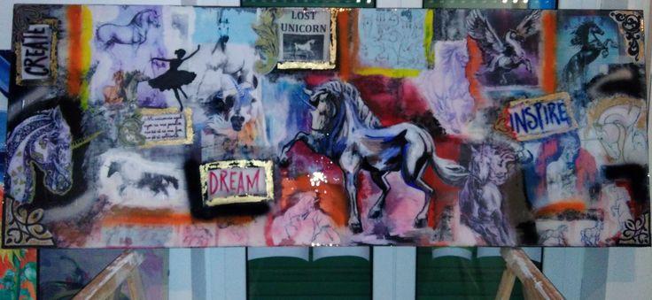 unicornio azul - collage y acrilico