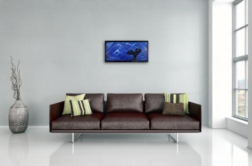 Eulen Gemälde Nr. 806 Alexandra startet in die Nacht (2017) von Manuel Süess in einem Wohnzimmer   Mehr dazu: http://art-by-manuel.com/de/nr.-806-alexandra-startet-in-die-nacht-2017/