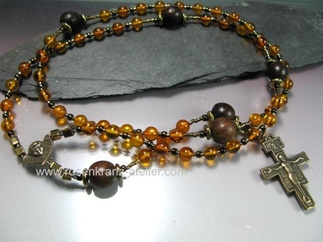 http://de.dawanda.com/product/38946154-Rosenkranz-Heiliger-Franziskus-Bernstein-Bronze