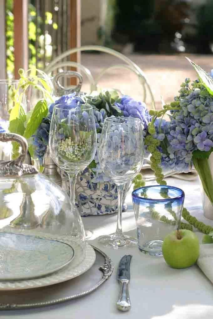 Stunning How To Set A Table With China Ideas - Best Image Engine ...