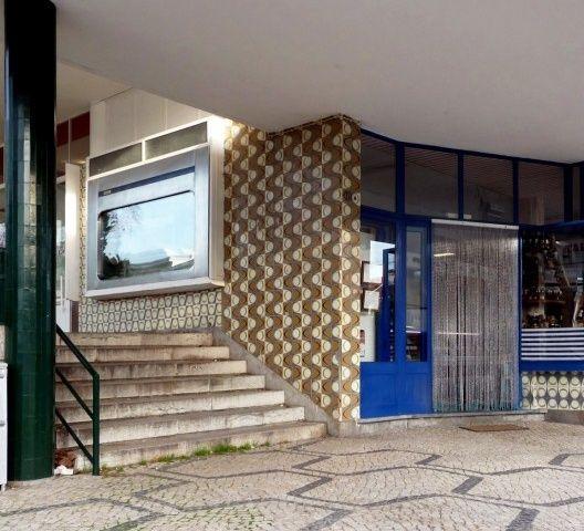 Querubim Lapa | Lisboa | Centro Comercial do / Mall of Restelo | 1954 #Azulejo #QuerubimLapa #Padrão #Pattern