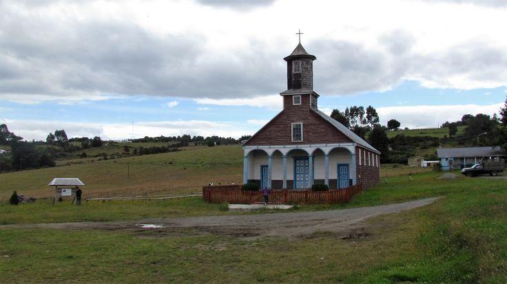 Iglesia (capilla)de Puchilco-Isla Lemuy-Chiloé