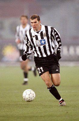 Zizou - Juventus - 1997 One of my favorite player :D