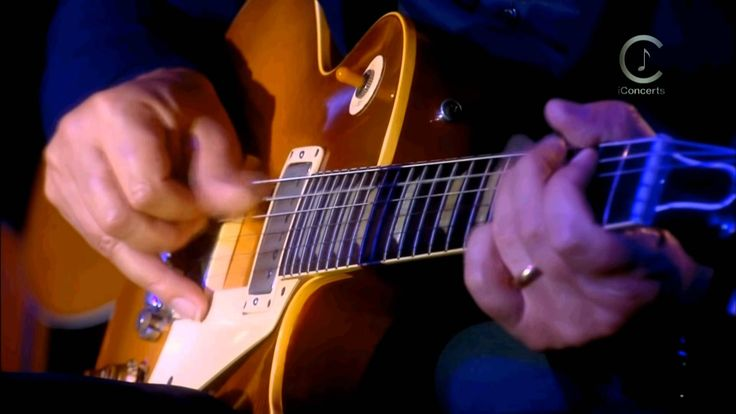 A modern Classic. Brothers in Arms.  Mark Knopfler & Band. An Evening with Mark Knopfler. The Hurlingham. Live for Princes Trust club. september 9th, 2009. Perfe...