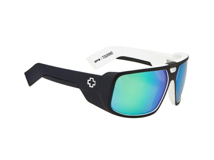 Spy Touring/Matt Black-White/Grey w/Green Spectra/64/14 #sunglasses #spy #optofashion To Spy Touring είναι μια κοκκάλινη μάσκα ηλίου  με μαύρο και άσπρο ματ πλαίσιο και έντονο πράσινο  καθρέφτη. Το μεγάλο μέγεθος της ικανοποιεί τα περισσότερα σχήματα προσώπου. Επέλεξε το Spy Touring/Matt Black-White/Grey w/Green Spectra και απόκτησε ένα ιδιαίτερο και σπορ στυλ.