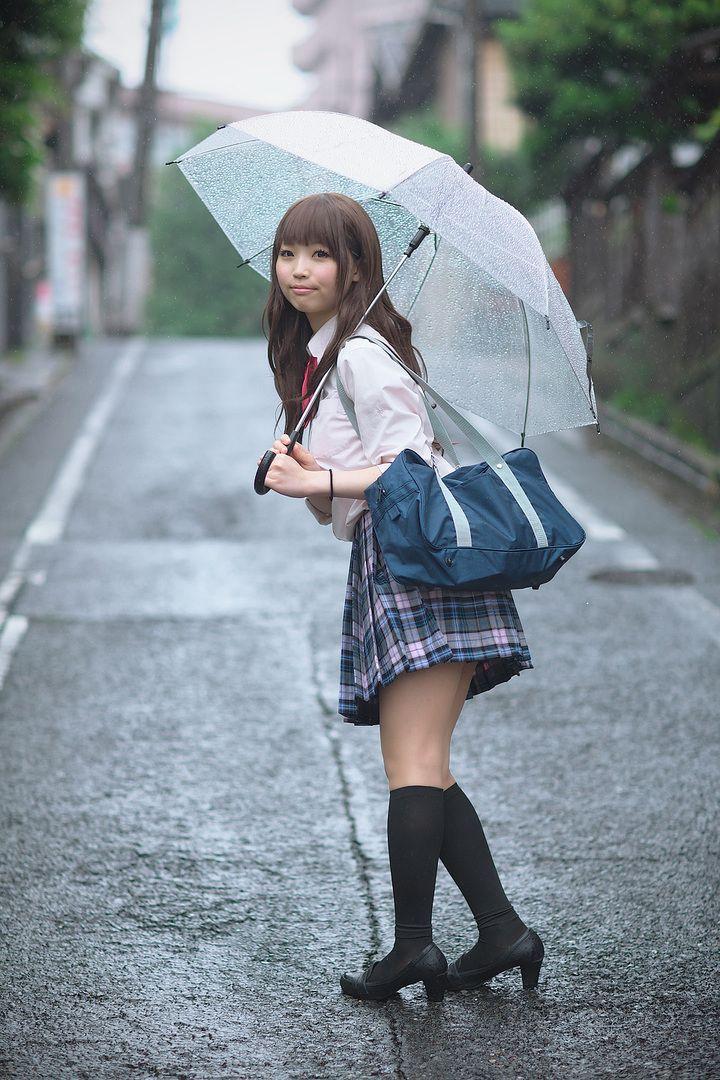 傘 カバン 振り向く 雨降り猫カフェ@krrr70 : HPzero(仮)