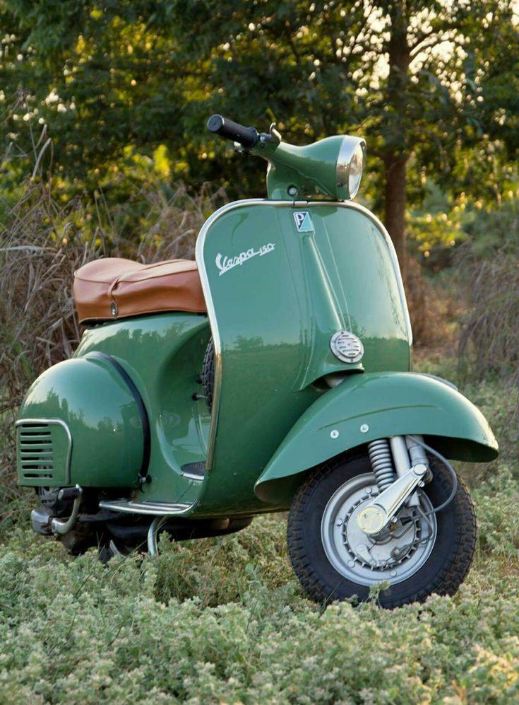 308 besten green paint vintage vespa scooters bilder auf. Black Bedroom Furniture Sets. Home Design Ideas