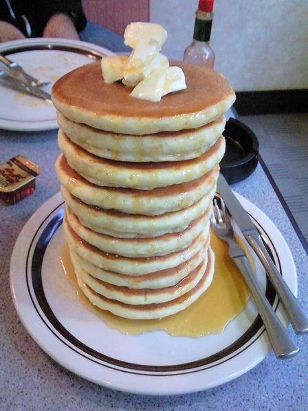 23 ways to instantly make your day better: Pancakes Yum, Food Porn, Foodporn Hella, Holy Pancakes, Yummy Food, Breakfast, Fluffy Stacking, Ahha Yum, Pancakes Stacking
