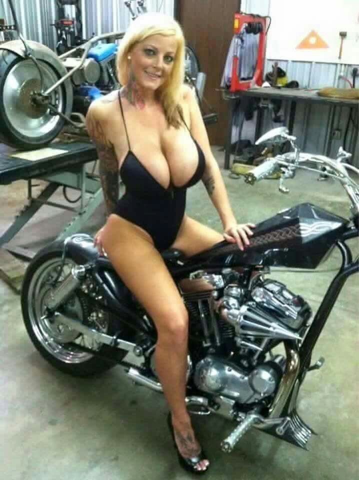 Mature Motorcycle Babes 116
