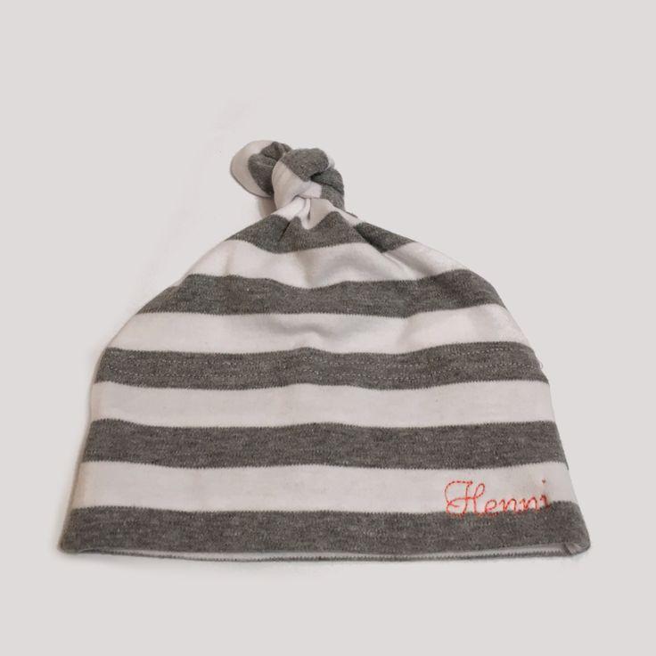 Mützen - Personalisierte Babymütze - 100% Baumwolle (grau) - ein Designerstück von emme-shop bei DaWanda