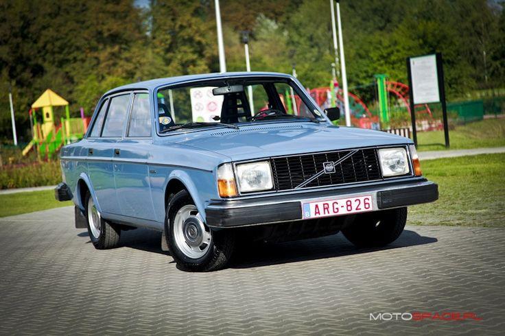 Stare, piękne, kanciaste Volvo. Prawdziwy evergreen z naszego archiwum!