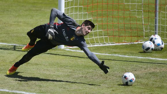 Thibaut Courtois Says Chelsea Exit Unlikely But Possible