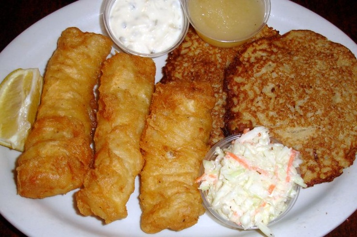 18 best waukesha county fish frys images on pinterest for What to eat with fried fish