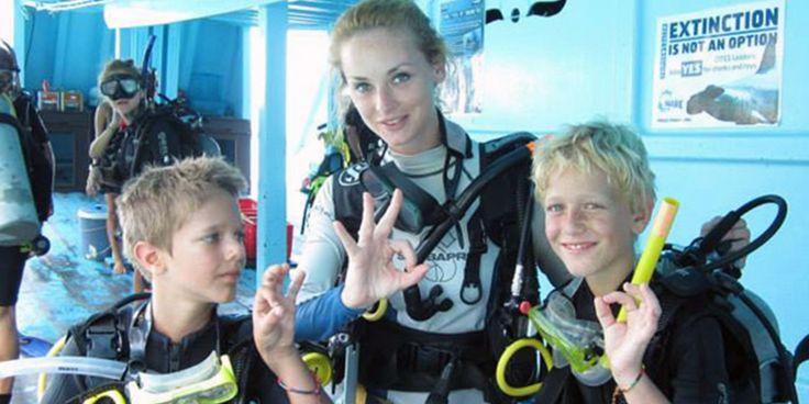 Even kids go scuba diving - Crystal Dive Koh Tao  http://www.crystaldive.com/padi-diving-courses.html?utm_content=buffer2af0b&utm_medium=social&utm_source=pinterest.com&utm_campaign=buffer