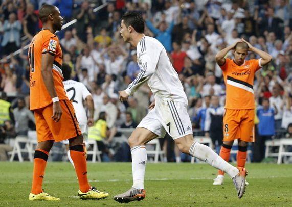 Zlatan-esque Backheel Golazo! Cristiano Ronaldo (Real Madrid) vs Valencia