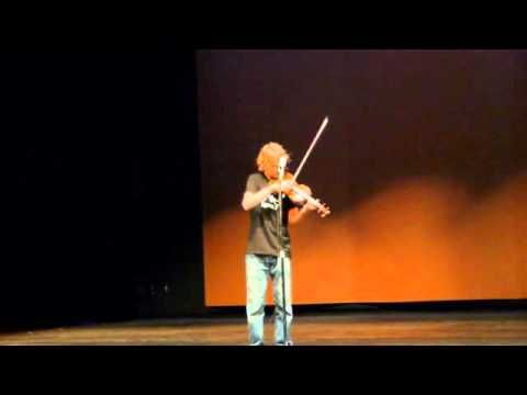 Kid Plays Led Zeppelin's 'Stairway To Heaven' On A Fiddle And Absolutely Crushes The Guitar Solo