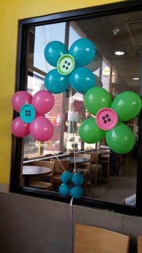 Decoración con globos para fiesta temática Lalaloopsy. #FiestaLalaloopdy