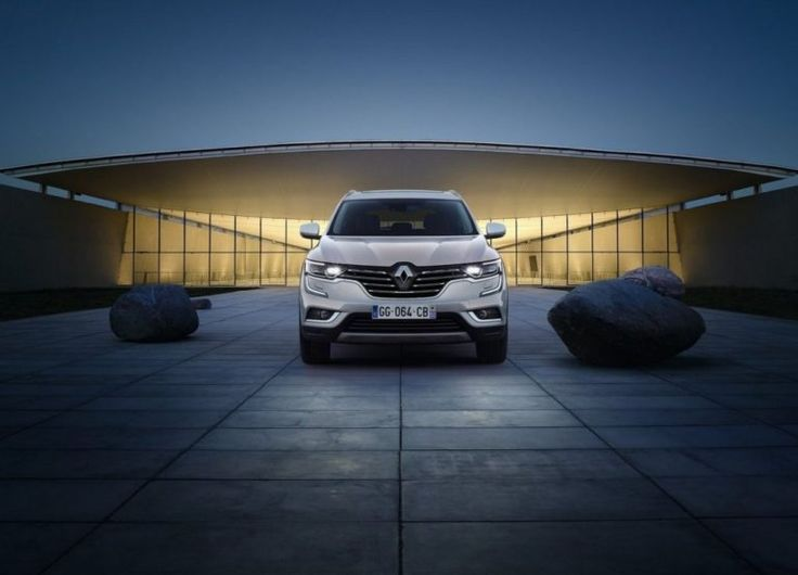 2017 Renault Koleos front view: New Koleos 2017 truly brings an entirely new design.